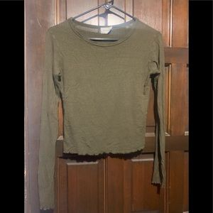 Green long sleeve shirt medium 1 imperfection